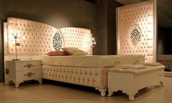 Turkish bedroom decorations Beautiful designs for Turkish bedrooms in different colors The bedroom is yellow Bed. & Turkish bedroom decorations Beautiful designs for Turkish bedrooms ...
