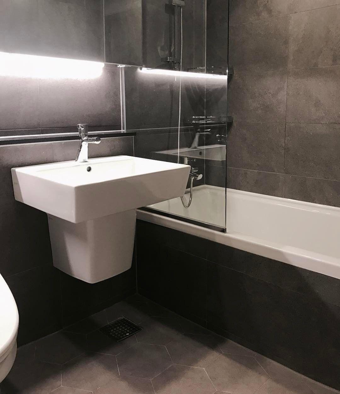 어두운 타일로 꾸민 욕실, 분위기 굿굿! - - #욕실타일 #욕실 ...