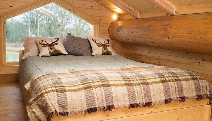 Luxury Log Cabin - Top Floor Mezzanine