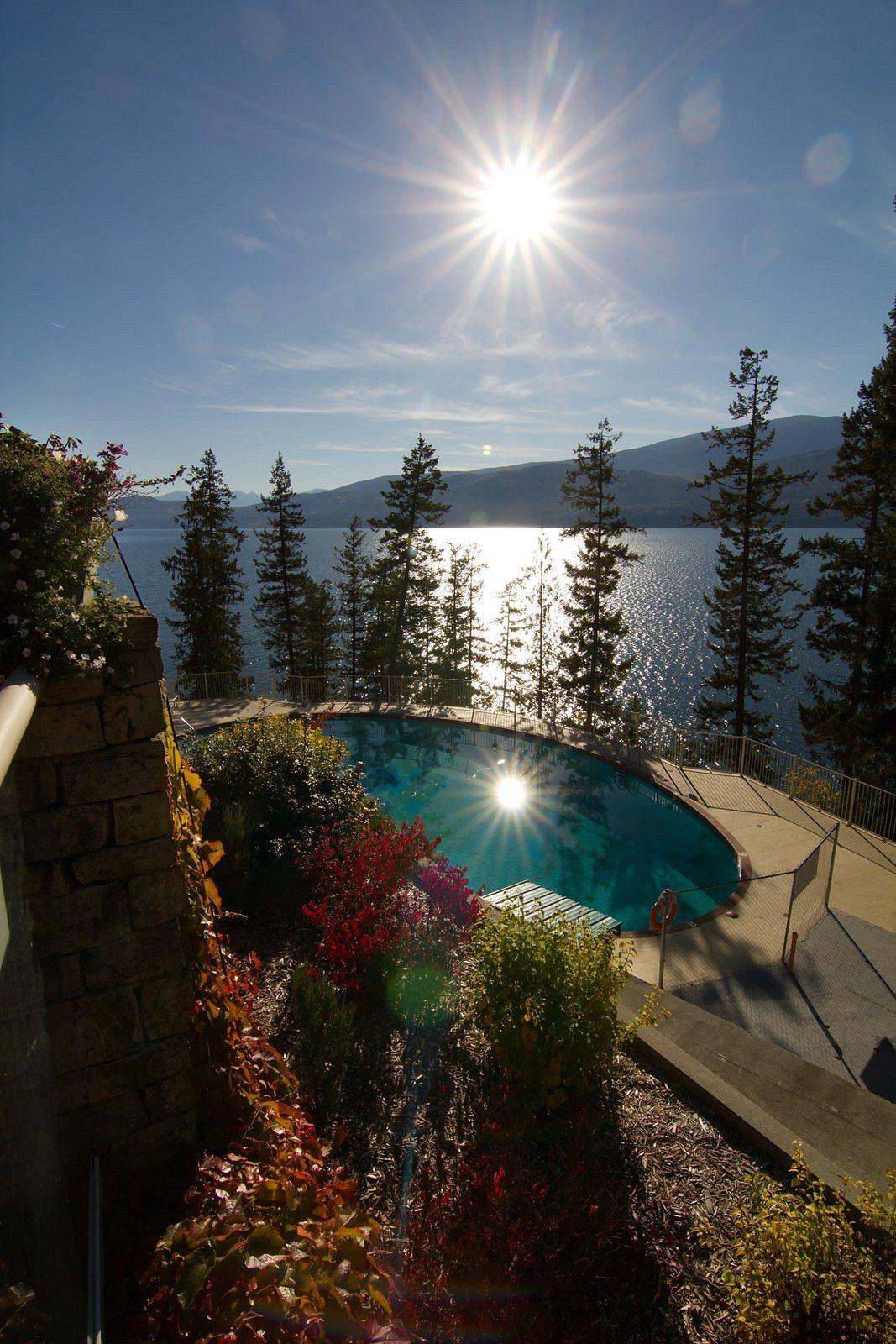 Halcyon Hot Springs British Columbia Canada Bucketlist