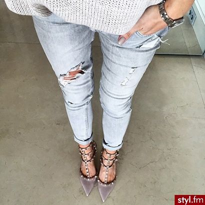 Spodnie Z Dziurami 15 Modnych Fasonow Strona 9 Fashion Style Floral Print Shirt