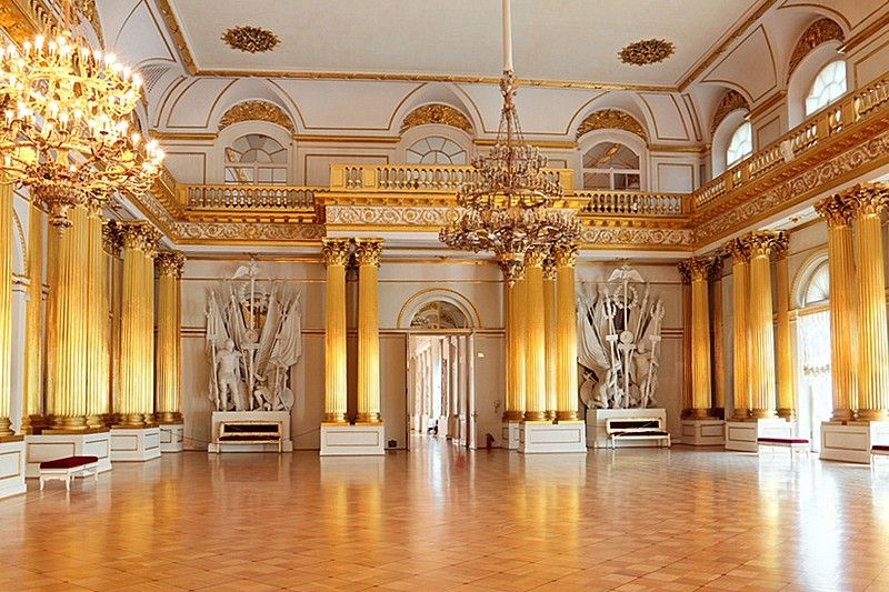 armorial hall of the winter palace hermitage museum in. Black Bedroom Furniture Sets. Home Design Ideas
