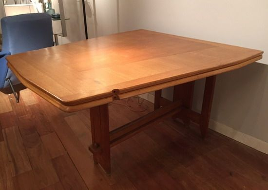 grande table de salle à manger de guillerme et chambron table