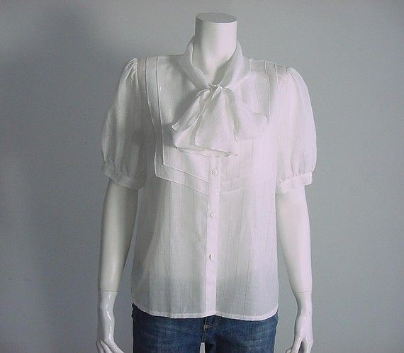 Vintage Bow Tie Blouse Woven White with a Tiny Sparkly Silver