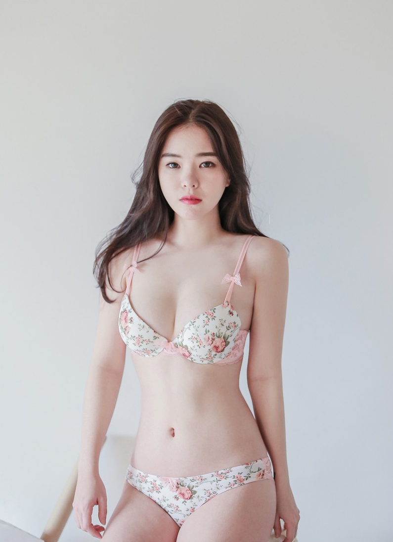 Korea model sexy photo