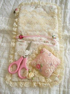 Bear's Patch: Sewing case tutorial