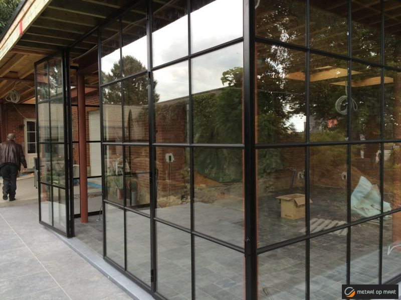 Stalen ramen smeedijzeren ramen metalen ramen en buitenschrijnwerk met 20 jaar ervaring is - Smeedijzeren pergola voor terras ...