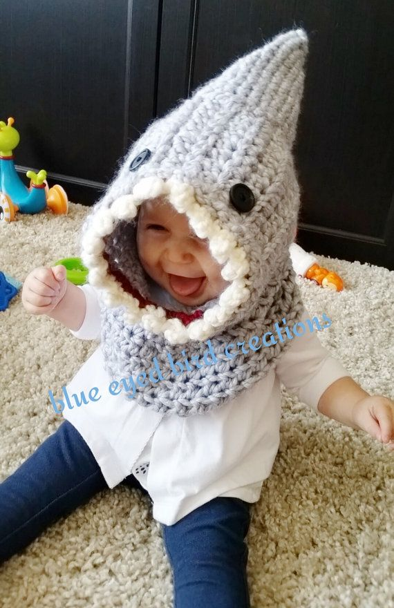 62d173dcaa0 Crochet Shark Cowl by BlueEyedBirdCreation on Etsy