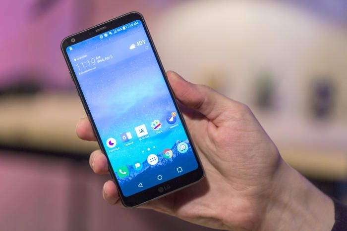 LG G6 Review: The right phone at the wrong time | Gadget ...