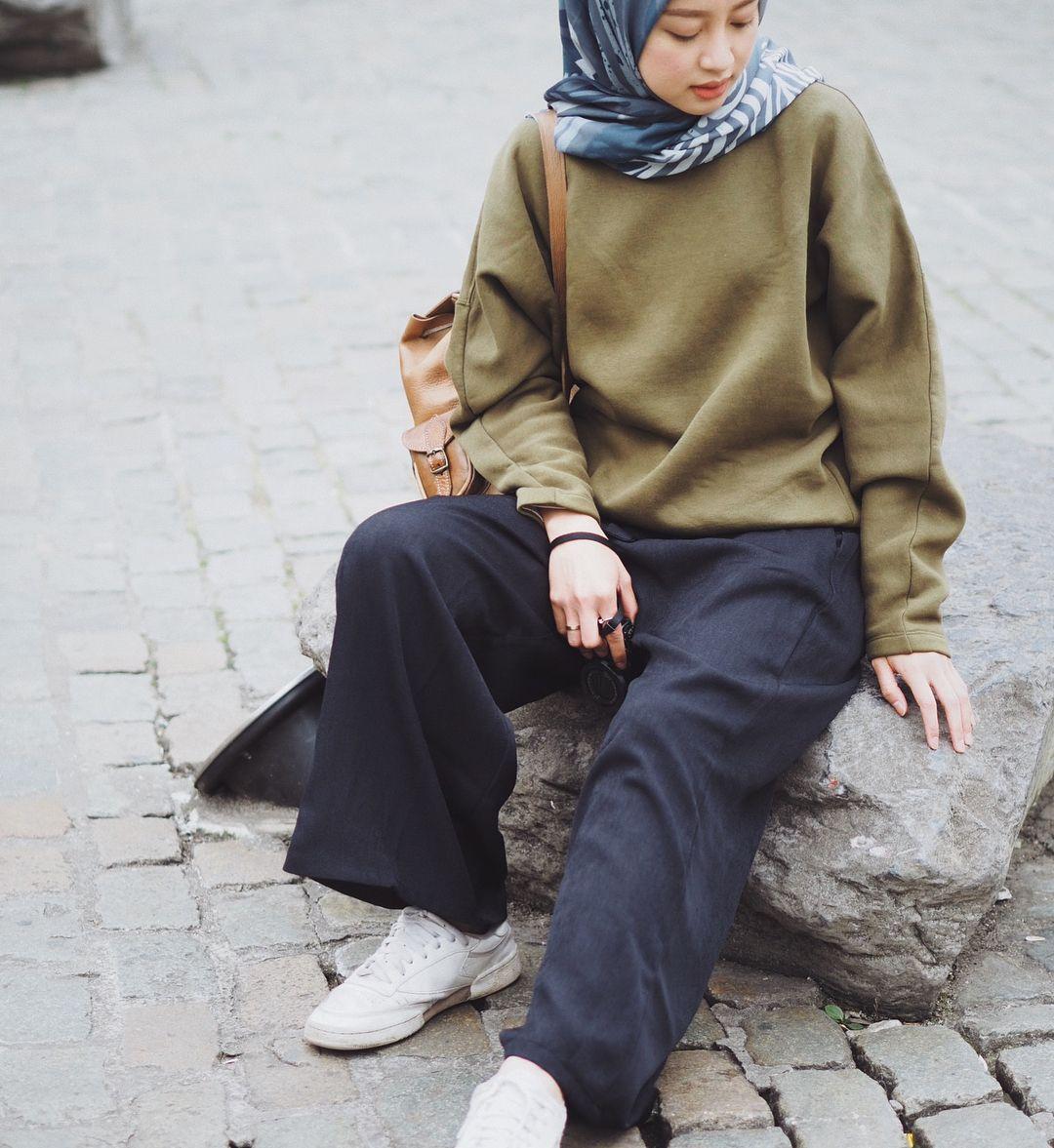 Instagram Photo By Gita Savitri Devi Gitasav Webstagram Hijab Fashion Inspiration Casual Fashion Hijab Fashion