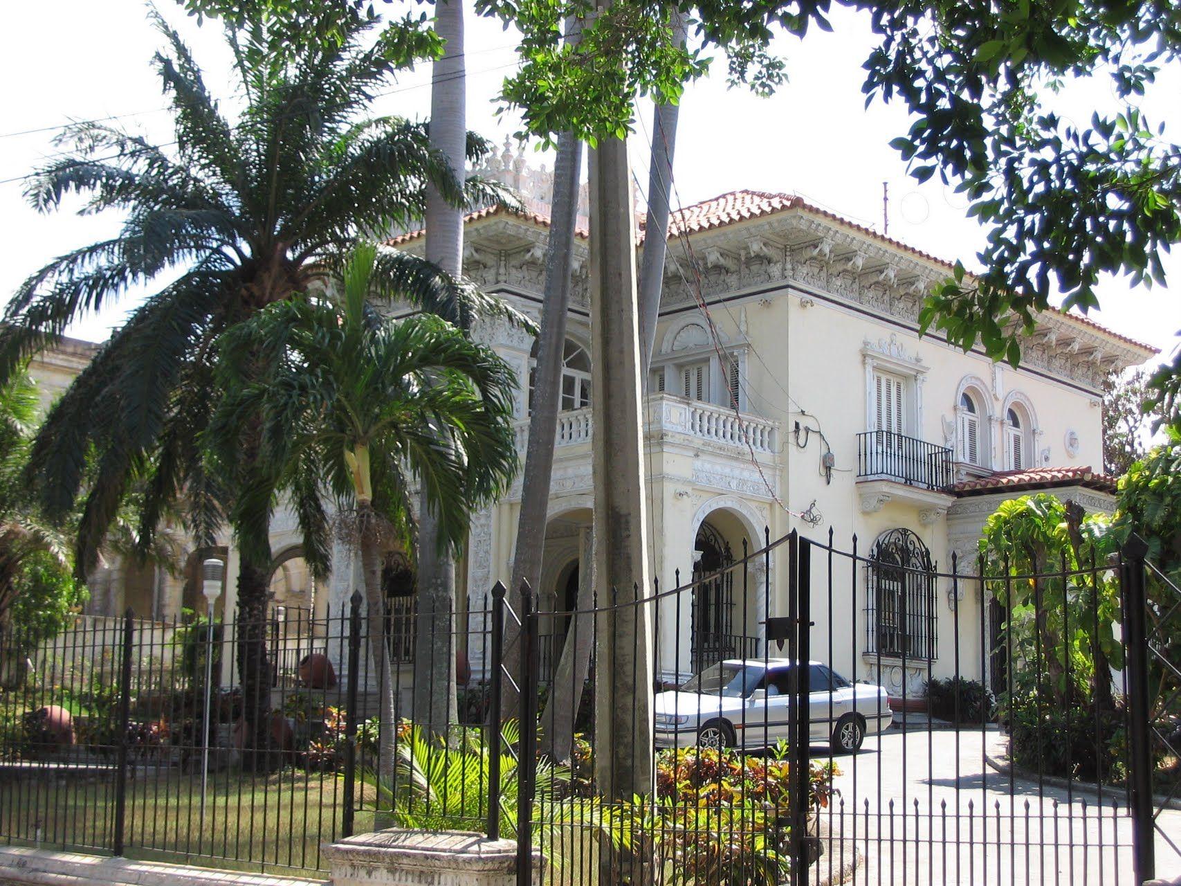 Mansion in Miramar, La Habana, Cuba, by Draken Cuba