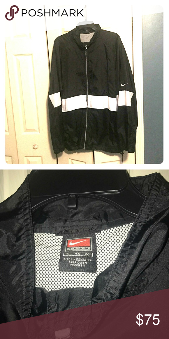 new style b2de2 4c50a Nike jacket Hurry and buy, post will be deleted soon! Lightweight    comfortable Never