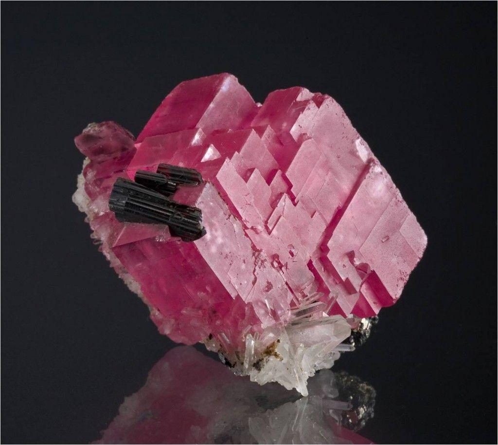 Rhodochrosite, Hübnerite, Pyrite, Quartz ~ Sweet Home Mine, Mount Bross, Alma District, Park Co., Colorado, USA