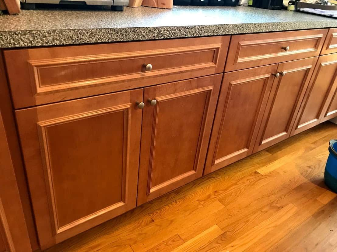 5 Ways to Clean Wooden Kitchen Cabinets - Straight from ...