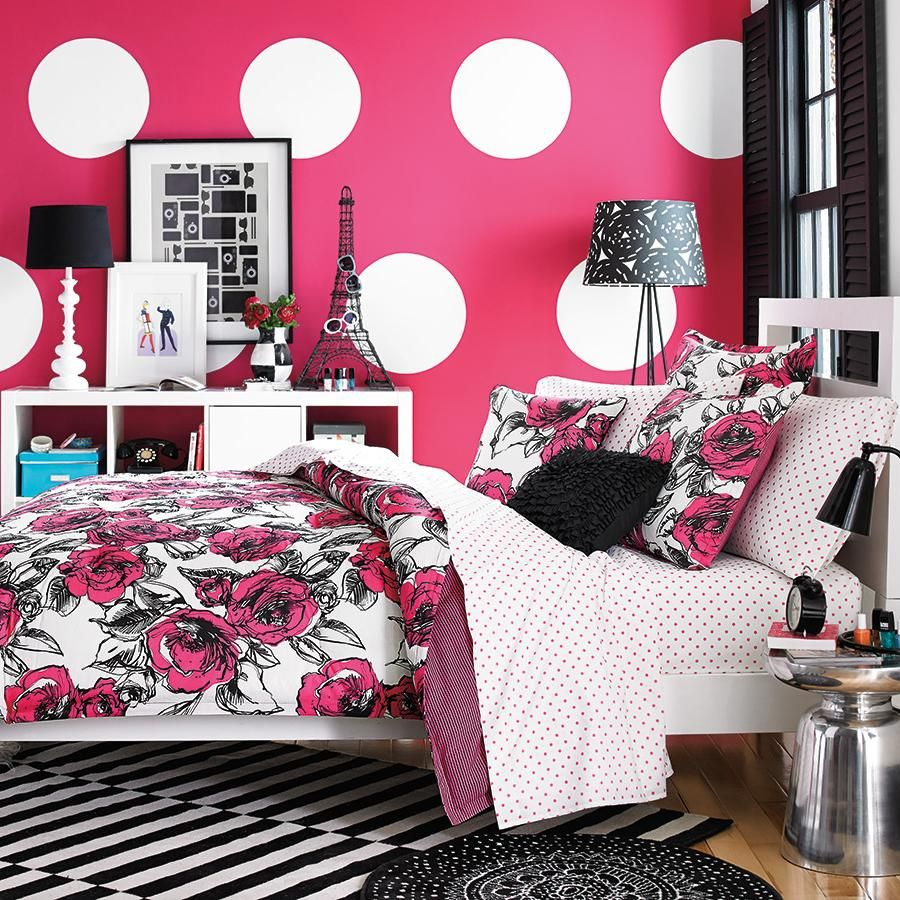 Bedroom designs for girls black - Colorful Vogue Bedding Design With Pink White Wallpaper Idea Also Black White Striped Rug Under The