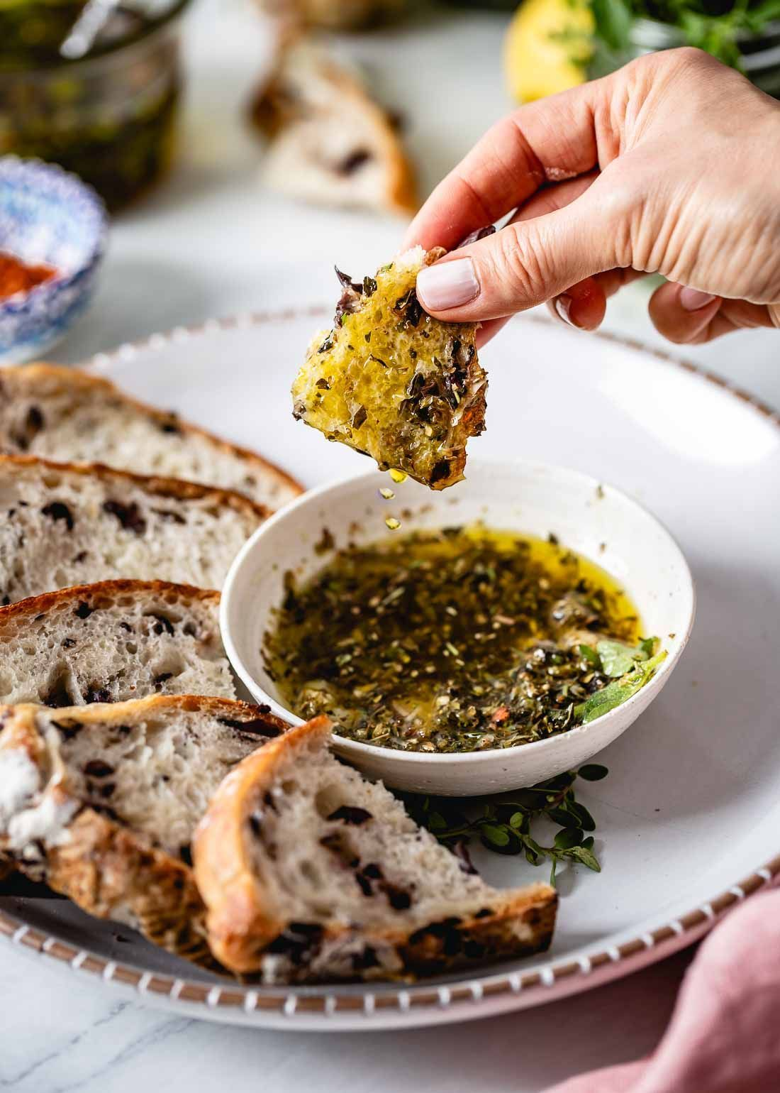 Restaurant Style Olive Oil Bread Dip Recipe (Video!) - Foolproof Living - #bread #foolproof #olive #recipe #restaurant #style #video - #HalloweenRecipesAppetizers