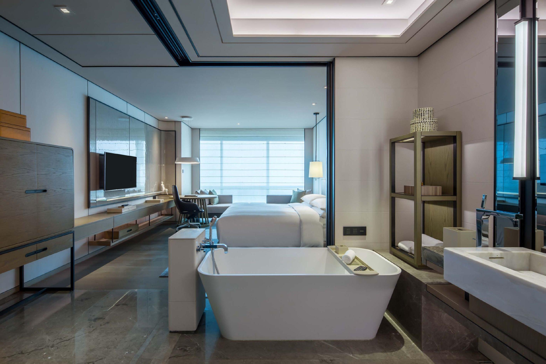 中洲万豪客房 Hotel interiors, Home bedroom, Guest room