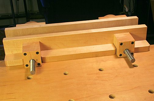 Bench top moxon vice build back side view woodworking in for Kleine arbeitstische