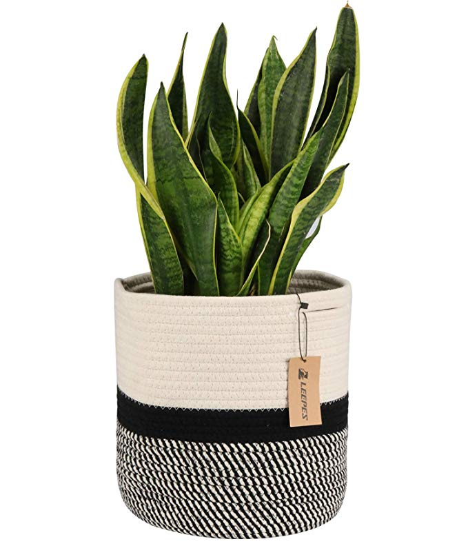 Amazon Com Leepes Jute Rope Plant Basket Modern Woven Basket For 10 Flower Pot Floor Indoor Planters Storage Plant Pot Covers Plant Basket Basket Planters