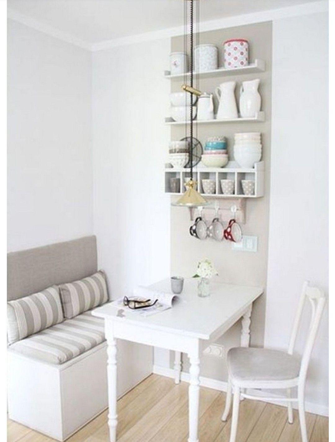 Pin von Vasiliki Mel auf Küche   Wohnen, Kleiner esstisch, Wand küche