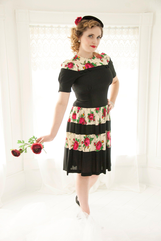 Vintage 1940s Red Roses Dress Black White Stripes Pink Etsy Rose Dress Dresses Vintage Dresses [ 3000 x 2008 Pixel ]