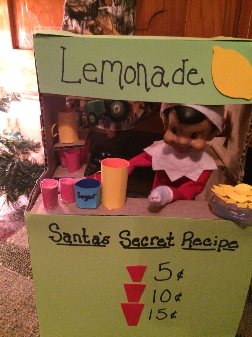 Elf on the shelf. Santas secret recipe Lemonade stand
