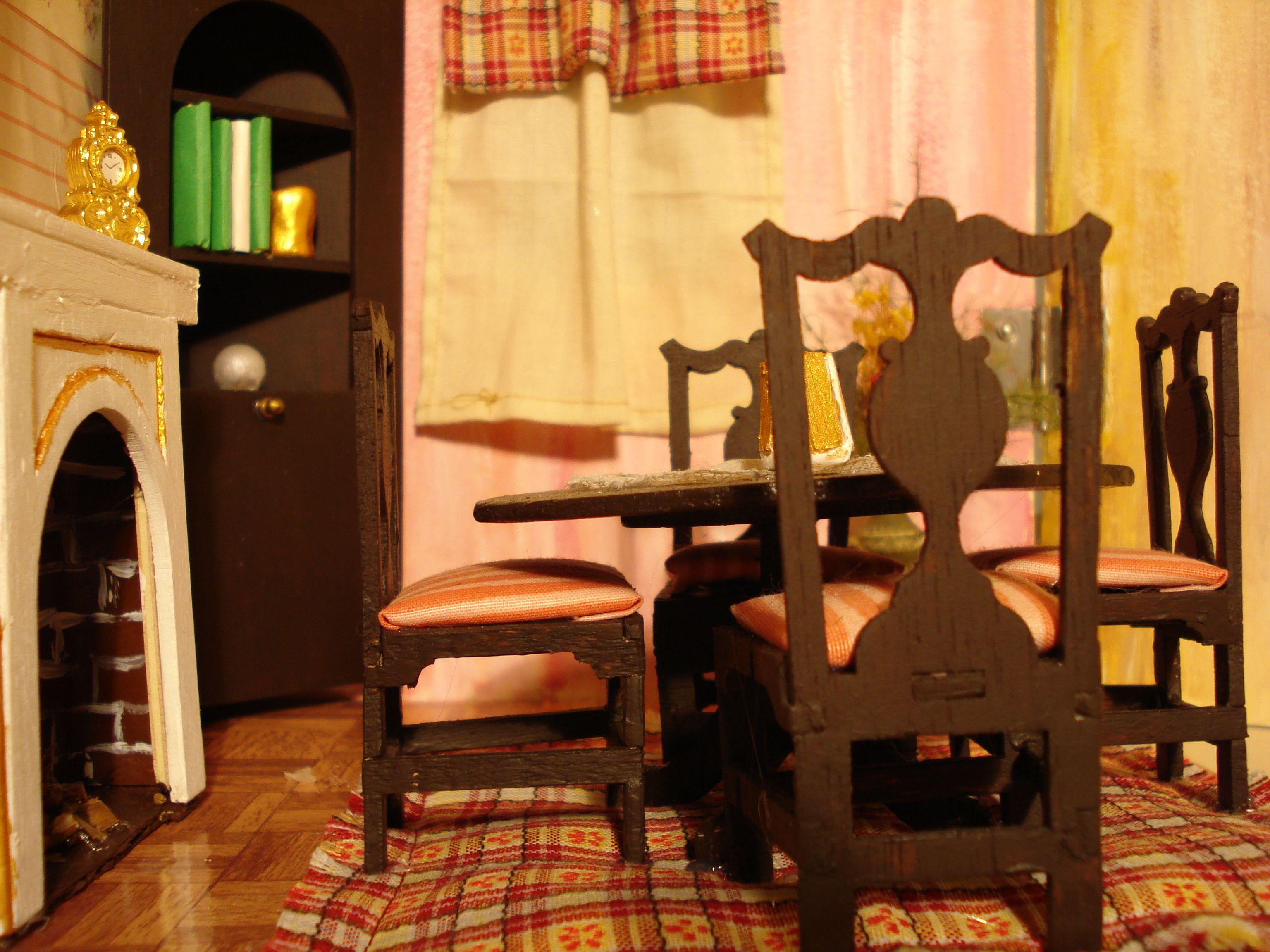 Tavolo angolare ~ Particolare sala da pranzo tavolo sedie angolo camino la mia