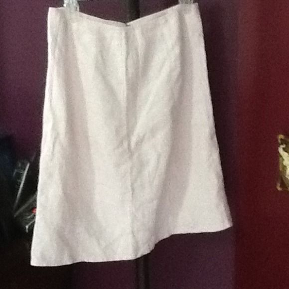 Winter Sale!!, Gap Linen Skirt! Pink Beauty! Pale Pink  Linen skirt. Zipper and hook& eye closure in back. Comfortable. Great shape! Perfect for Spring Holidays! GAP Skirts