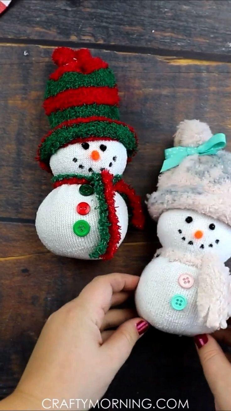 Fun Christmas Craft Easy Sock Snowman Craft- fun christmas craft for kids to make! Fun christmas ar