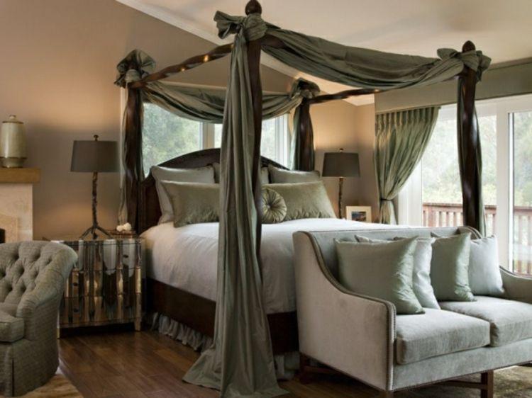 Entzückendes #Schlafzimmer, #Himmelbett in graugrün, schlafen ist ...