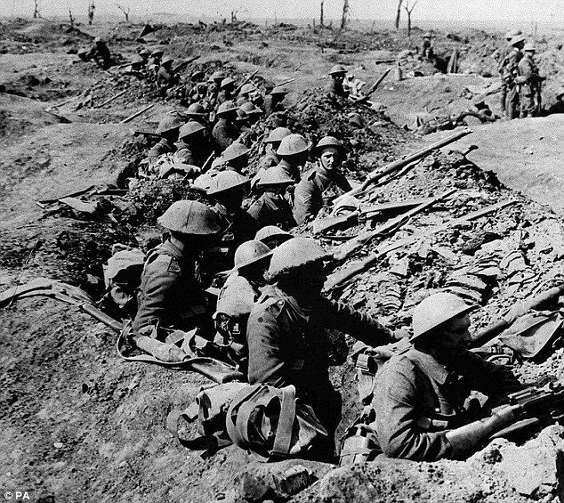 Cameron planning three-day tribute to mark the centenary of World - best of world war 1 map black and white