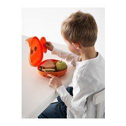 Gør det sjovt og nemt for dit barn at tage frokost eller mellemmåltid med i skole eller på udflugt. Den hårde plast beskytter sandwich, frugt og mellemmåltider, så de kan lægges i barnets skoletaske eller rygsæk. Låget er nemt for børn at åbne og lukke – drej på ørerne.