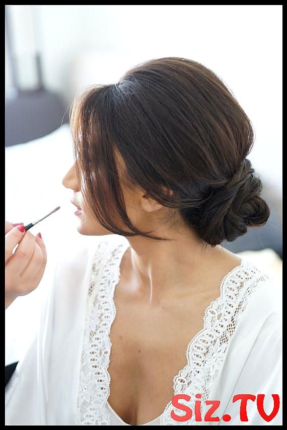Graceful And Beautiful Low Side Bun Hairstyle Tutorials And Hair Looks Graceful And Beautiful Low Side Bun Hairstyle Tutorials And Hair Looks Whatever Your Hair Length Is You Can Always Be Super Graceful With A Beautiful Side Swept Hairstyle Bun If Your Bun Is Swept To One Side Then Your Look Will Be More #lowmessybunwithfringe #graceful #beautiful #side #hairstyle #tutorials #hair #looks #whatever #your #length #always #super #with #swept #then #look #will #more #romantic #this #post #going #lowsidebuns