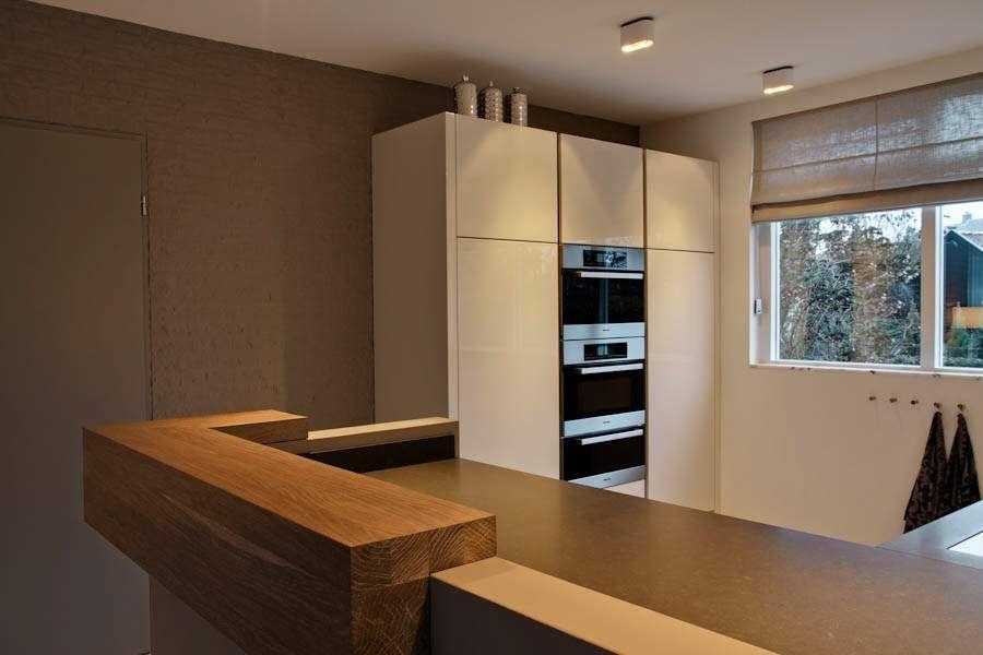 Greeploze Keuken Kasten : Keuken met ruimtelijke L opstelling met drie apart