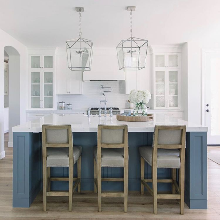 30 Brilliant Kitchen Island Ideas That Make A Statement: Kitchen Remodel Image By Ashley Calvi On Kitchens & Eating