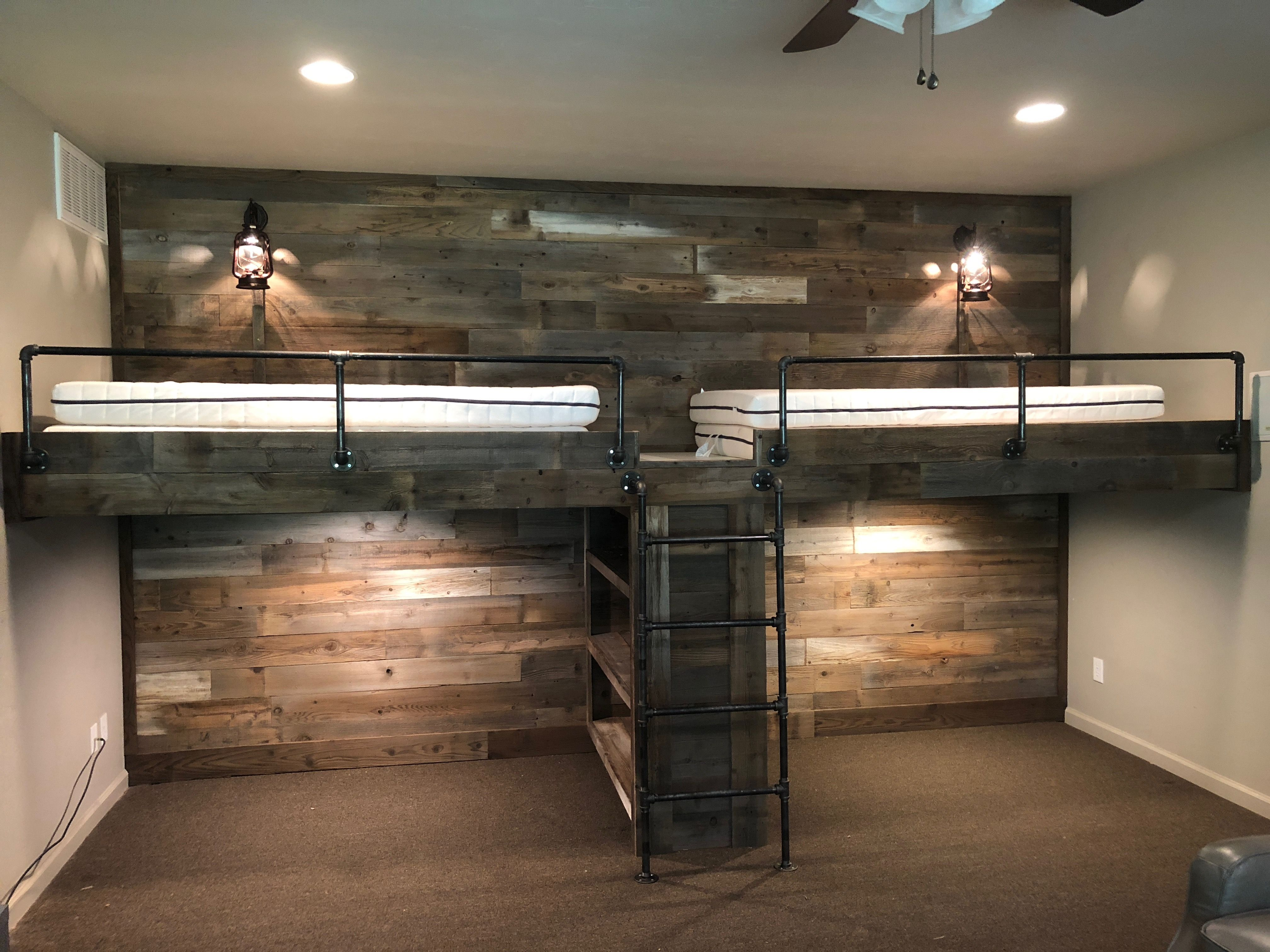 Pin By Amanda Mirabile On House Ideas In 2020 Bunk Bed Rooms