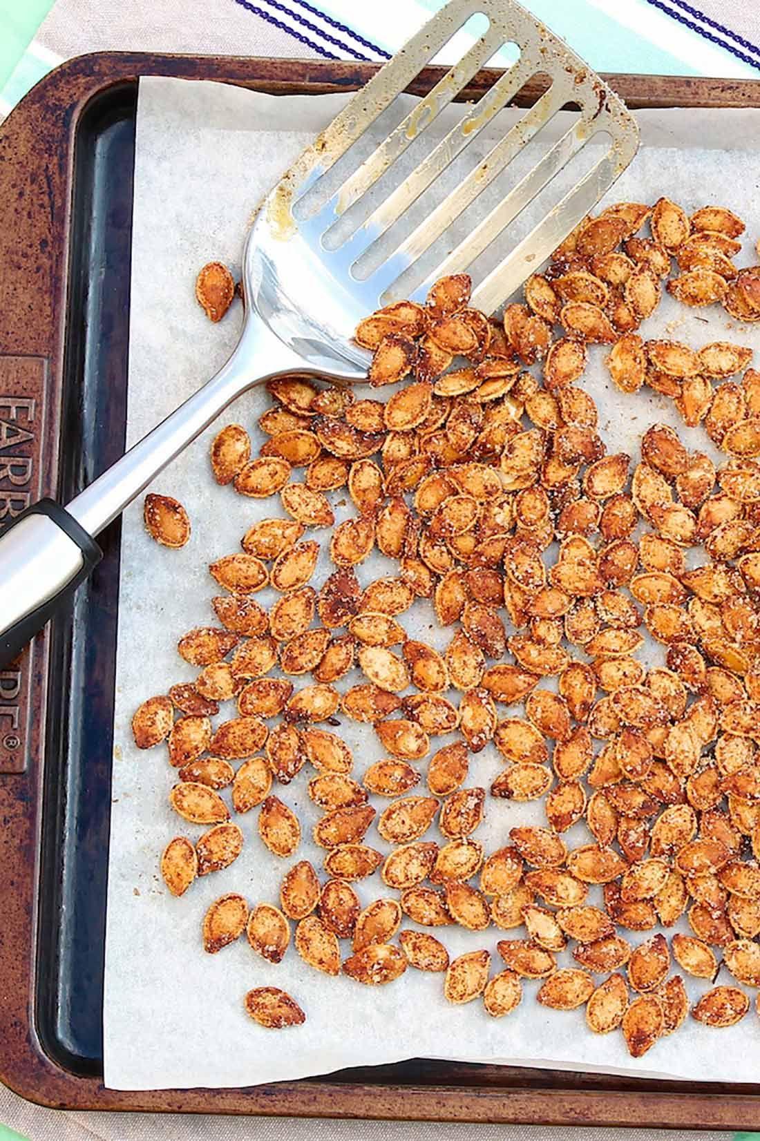 Cinnamon Toast Pumpkin Seeds #pumpkinseedsrecipe