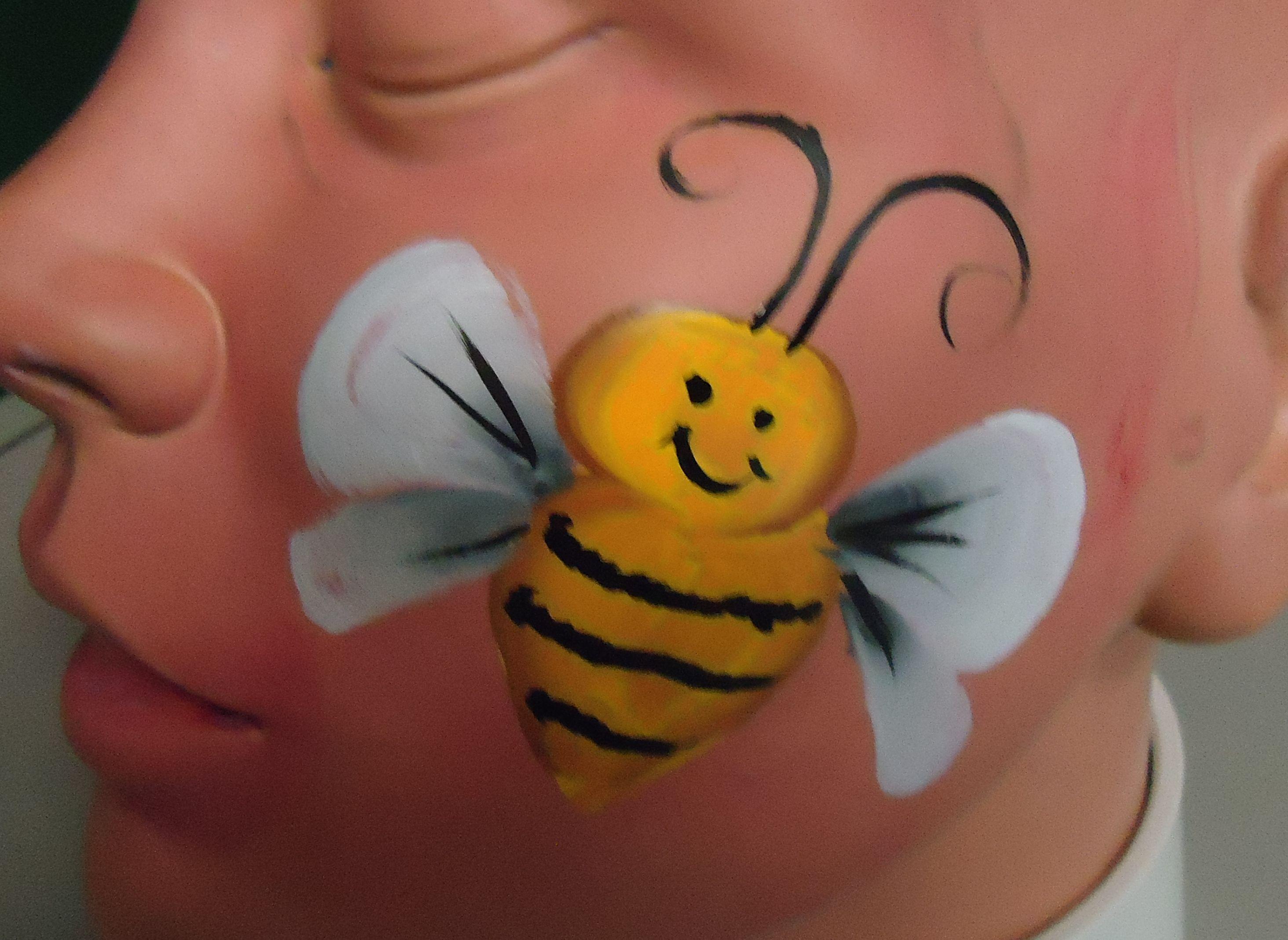 Schminken Bij Thema Bijen Bee Face Paint Face Paint Makeup En