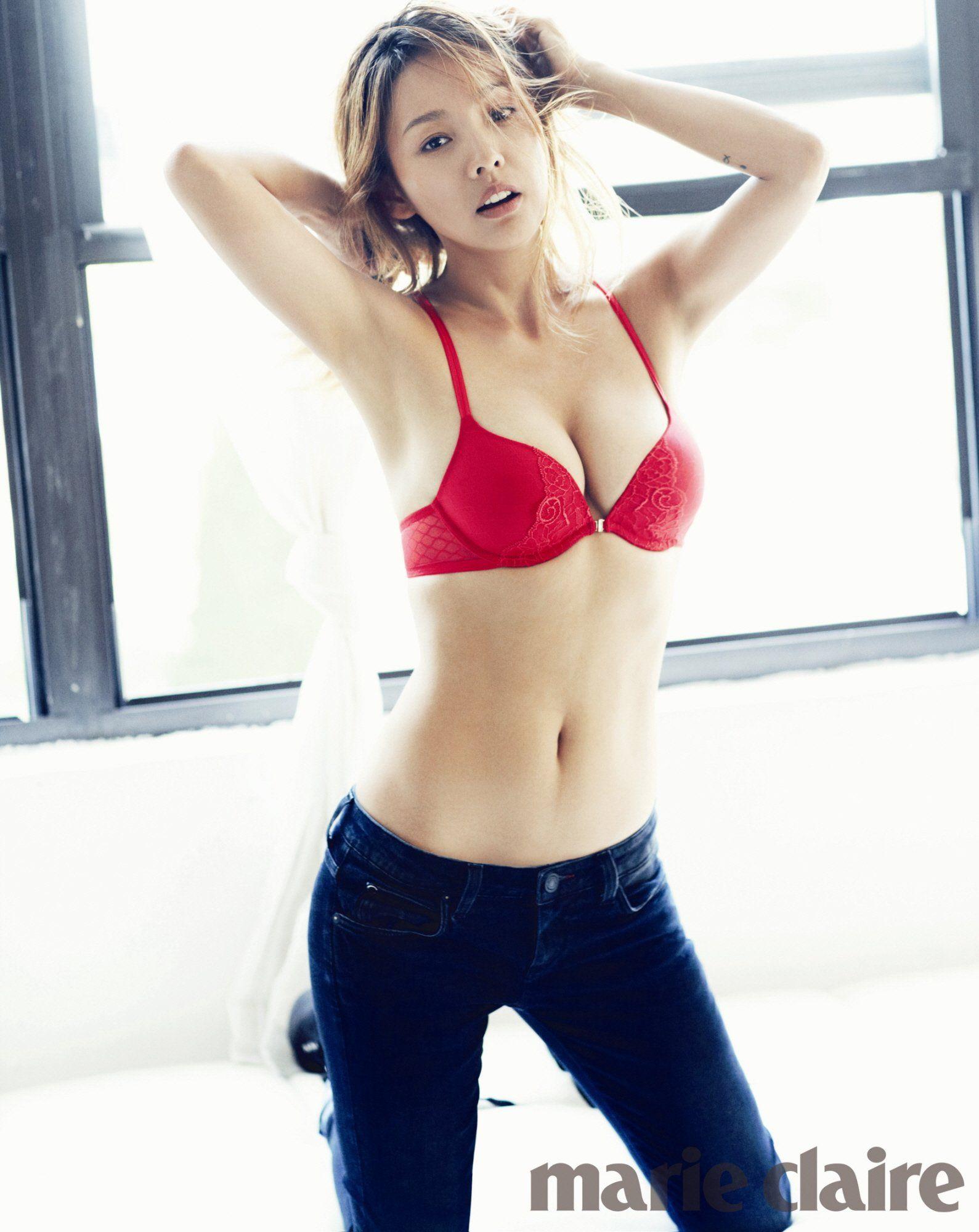 Lee hyori boobs