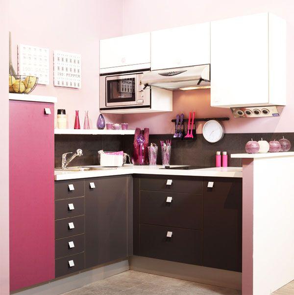 Rendre une cuisine originale avec peu de moyens | Cuisines roses ...