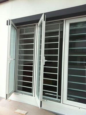 Pros and cons on using aluminium window grill windowgrill for Exterior window grill design