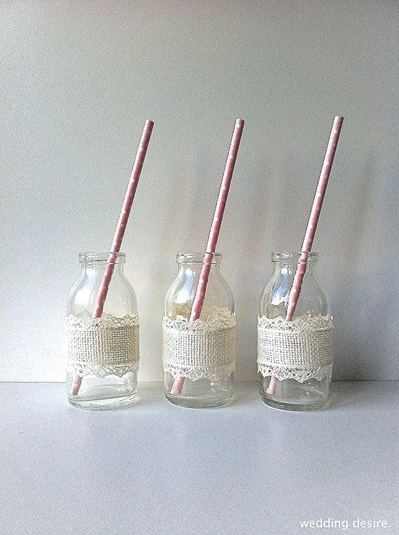 De glazen Melkflesjes / Milk Bottles zijn leuk te gebruiken voor o.a. een bruiloft / wedding www.babyshopathome.nl/feest
