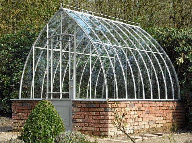 Installer une serre dans le jardin ou sur la terrasse ...