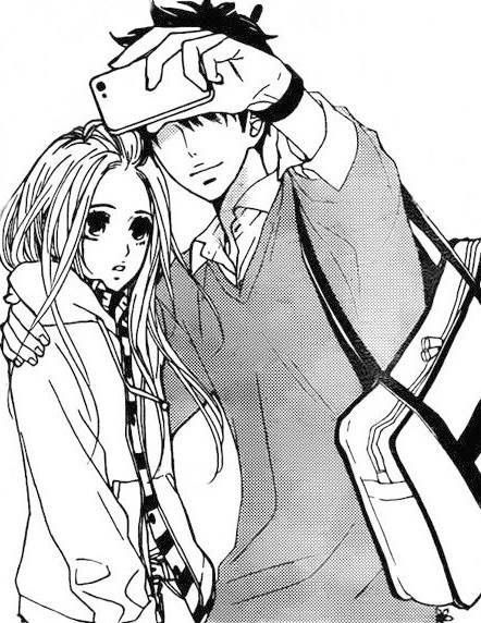 Shoujo Manga I Don T Know The Characters But I Love How The Guy Is Taking Selfie With His Girl The Look On The Girl S Fac Manga Cosplay Anime Manga Romance