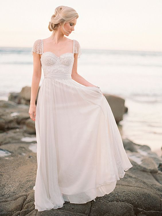 Wedding Dresses 30.jpg