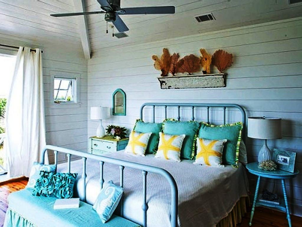 Shabby Chic Beach Theme Bedroom 1024x768