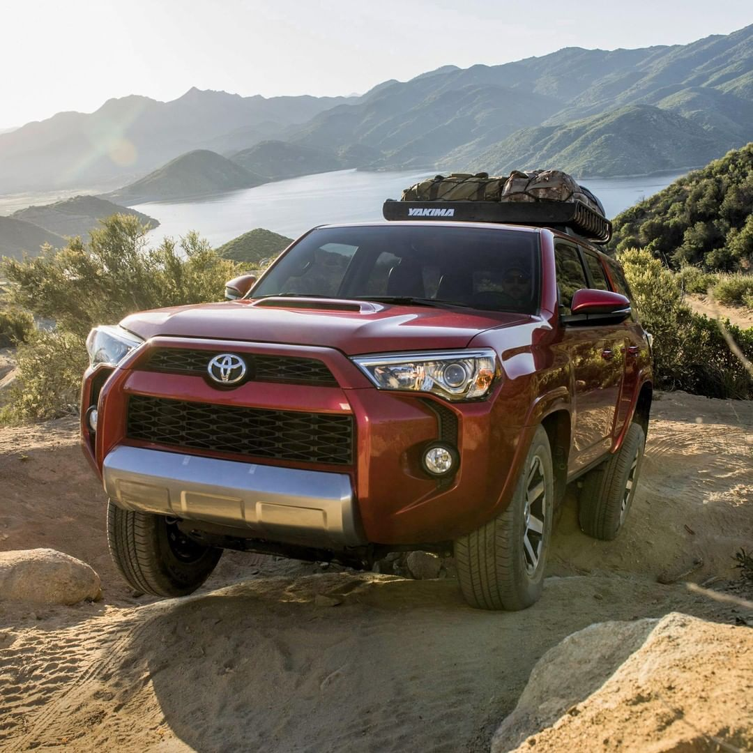 Toyota 4runner Helps You Reach The Most Remote Corners Of The Map With Available Crawl Automobile 4runner Toyota 4runner 4runner 2017 Toyota 4runner