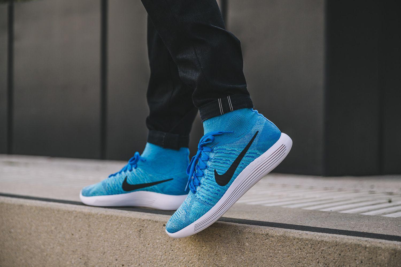 on sale fcde1 a8547 Nike Flyknit LunarEpic