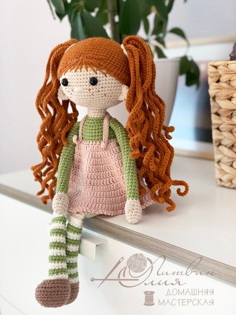 Crochet doll pattern, amigurumi crochet doll, red-