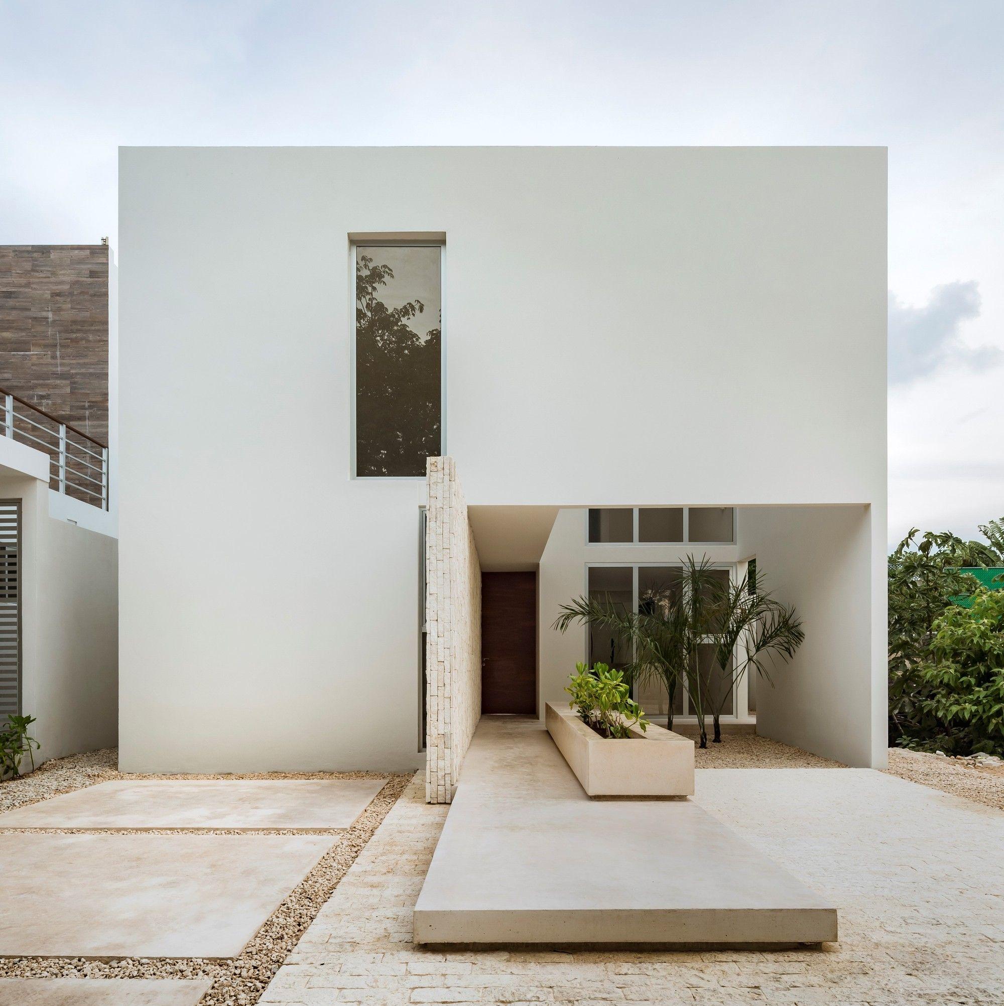 Monteblanco 26 House Warm Architects Home Building Design House Front Design Facade House
